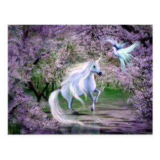 Fantasía del unicornio de la primavera postal
