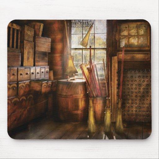 Fantasía - el fabricante 2 de la escoba mousepad