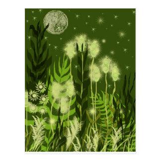 Fantasía verde de la luna tarjeta postal