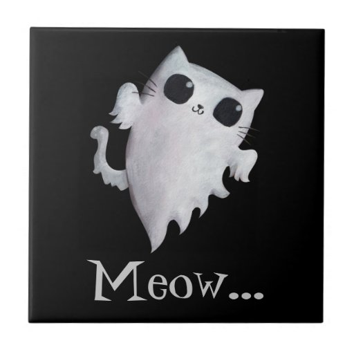 Fantasma asustadizo del gato del gatito azulejos