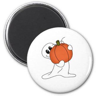 Fantasma con la calabaza anaranjada imanes para frigoríficos