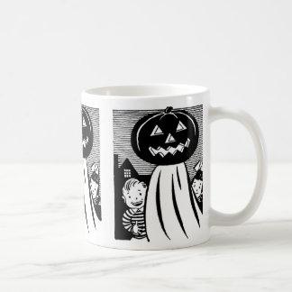 Fantasma de la calabaza de Halloween del vintage Tazas De Café