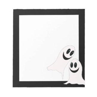 Fantasmas lindos del dibujo animado de Halloween Bloc