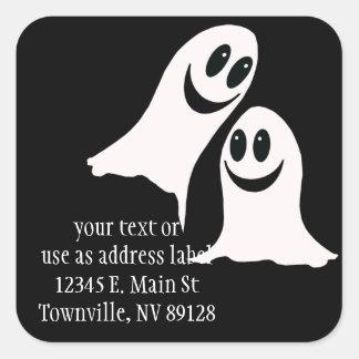 Fantasmas lindos del dibujo animado de Halloween Colcomania Cuadrada