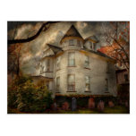 Fantasy - Haunted - The Caretakers House Post Card