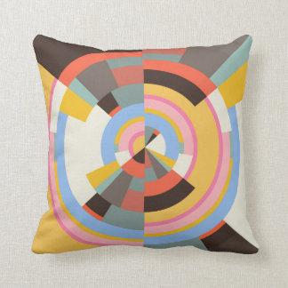 Farbiges Muster radial kleinteilig Throw Pillow