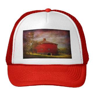 Farm - Barn - Red round barn Trucker Hat