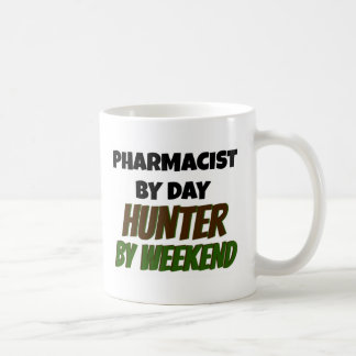 Farmacéutico del cazador del día por fin de semana taza de café
