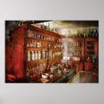 Farmacéutico - detrás de las escenas posters