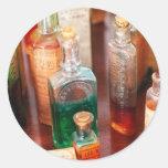 Farmacéutico - el droguero y el suyo curaciones etiquetas redondas