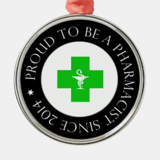 Farmacéutico orgulloso desde 2014 adorno navideño redondo de metal