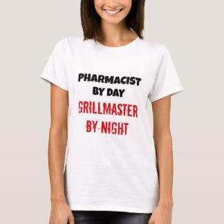 Farmacéutico por el día Grillmaster por noche Playera