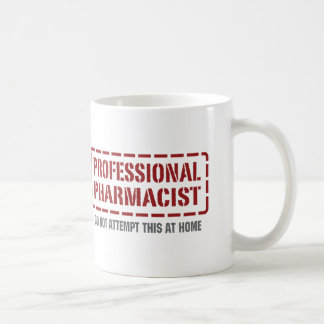 Farmacéutico profesional taza básica blanca