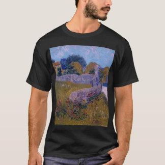 farmhouse in provence-1888-vincent van gogh T-Shirt