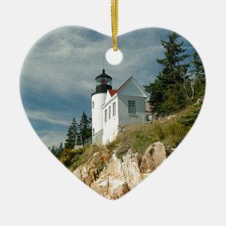 Faro bajo de la cabeza del puerto adorno navideño de cerámica en forma de corazón