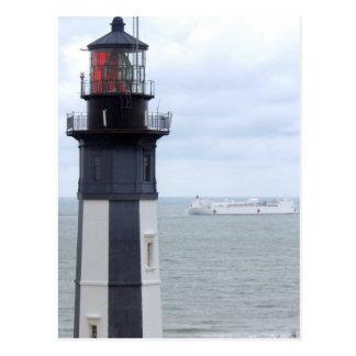 Faro de Henry del cabo con una nave Postal