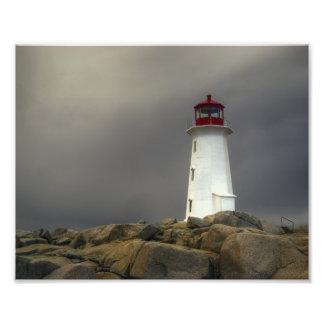 Faro de la ensenada de Peggys - tormenta Nueva Fotografía