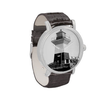 Faro de la huerta del roble relojes