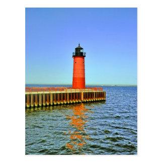 Faro de Milwaukee Pierhead, el lago Michigan Tarjetas Postales