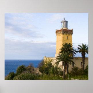 Faro de Tánger Marruecos en el casquillo Spartel Póster