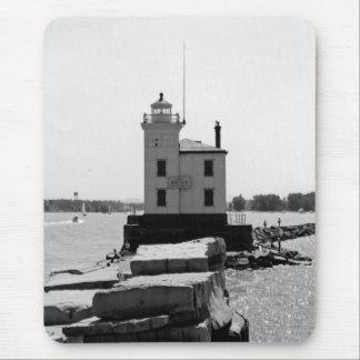 Faro del lago Erie Mouse Pads