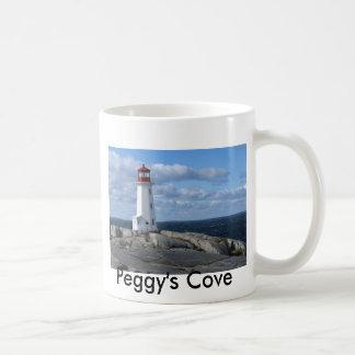 Faro en la ensenada de Peggy Tazas De Café