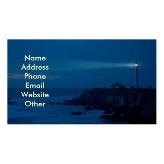 Faro en las tarjetas de visita de noche
