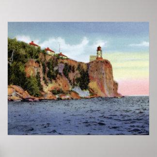 Faro partido de la roca de Minnesota de la bahía d Impresiones