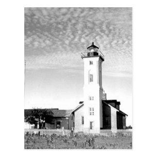 Faro pedregoso del punto tarjetas postales