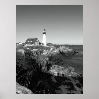 Faro principal blanco y negro de Portland Póster