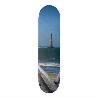 Faro que hace turismo skateboard