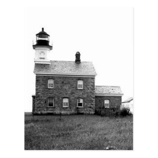 Faro viejo del punto del campo postal
