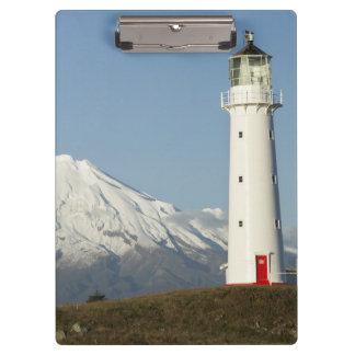 Faro y Mt Taranaki/Mt de Egmont del cabo