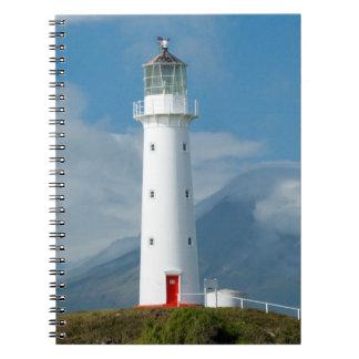Faro y Mt Taranaki/Mt de Egmont del cabo Libro De Apuntes Con Espiral