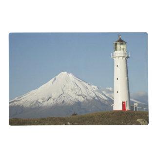 Faro y Mt Taranaki/Mt de Egmont del cabo Tapete Individual