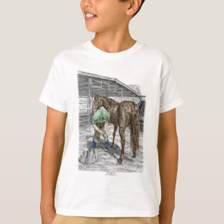 Farrier Blacksmith Trimming Horse Hoof T-Shirt