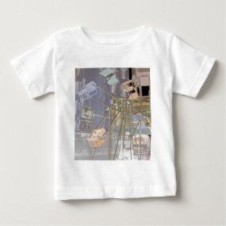 farris wheel invert baby T-Shirt