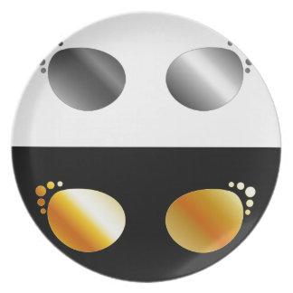 Fashion eye wear dinner plate