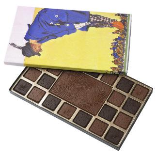 Fashion Versus Football 1900 45 Piece Box Of Chocolates