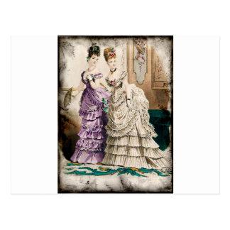 FASHIONABLE LADIES VINTAGE 35 POSTCARD