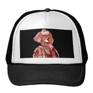 Fashionista de la diva en neutral gorras de camionero