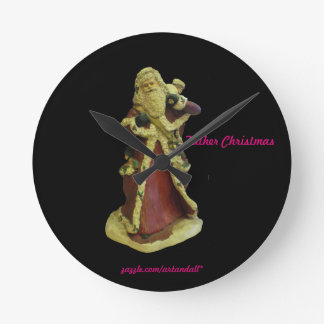 """""""FATHER CHRISTMAS"""" ROUND CLOCK"""