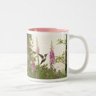 Fauna animal del pájaro del colibrí floral taza de dos tonos