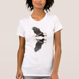 Fauna que aterriza la camiseta de Eagle calvo