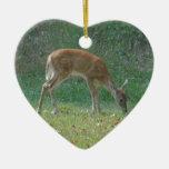 fauno, ciervo del bebé en la punta de flecha del l adornos