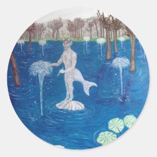 Fauno en un bosque de la fuente pegatina redonda