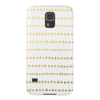 Faux Gold Foil White Arrows Pattern Galaxy S5 Cases