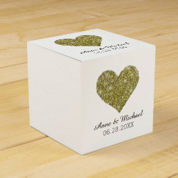 faux gold glitter heart of love / wedding favors favor box