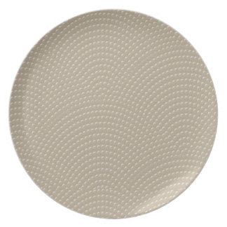 Faux Studded Clamshell Pattern in Khaki + Cream Plate
