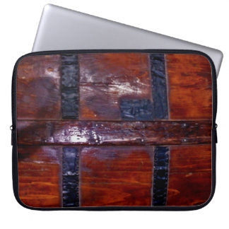 Faux Wooden Chest Electronics Bag Laptop Computer Sleeve